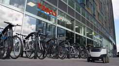 Starship makes robots which perform local delivery tasks (Tesco)