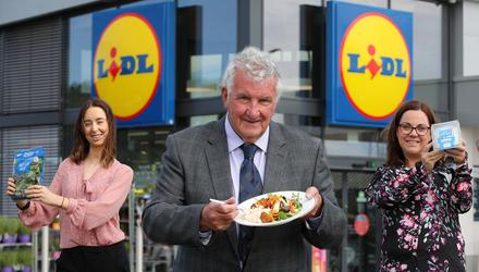 Enya Rooney, senior buyer at Lidl Northern Ireland; John McCann, founder and CEO of Willowbrook Foods; and Tanya Neilson, NPD & hub innovation manager, Willowbrook Foods.