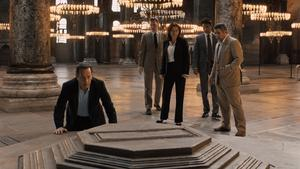 Light dawns: Tom Hanks as Robert Langdon in Inferno with Sidse Babett Knudsen and Irrfan Khan