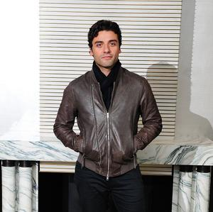 Oscar Isaac says it was surreal meeting the original Star Wars cast