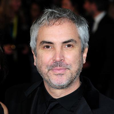 Alfonso Cuaron could return to the Harry Potter world by directing the Fantastic Beasts spin-off film