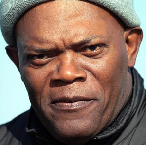 A reporter has apologised to Samuel L Jackson
