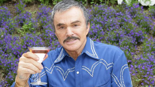Burt Reynolds is auctioning off some of his belongings