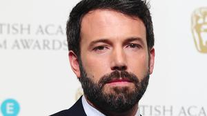 Ben Affleck is reuniting with Gone Girl director David Fincher for a remake of the Hitchcock classic Strangers On A Train