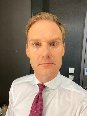Dan Walker shares a picture from behind the scenes at BBC Breakfast (BBC).