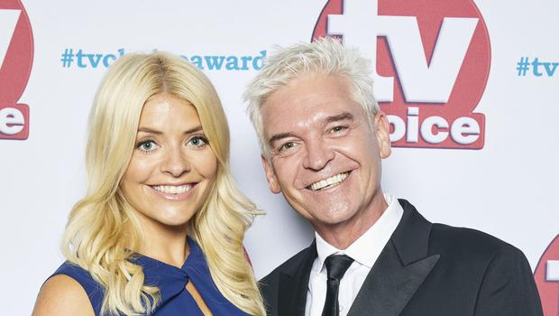 Holly Willoughby and Phillip Schofield will male a cameo on Coronation Street