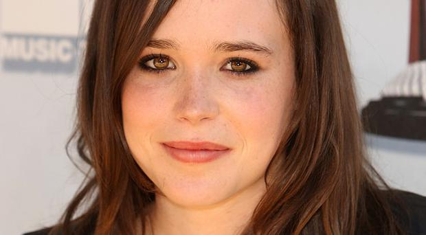 Ellen Page is to direct Anna Faris in a movie