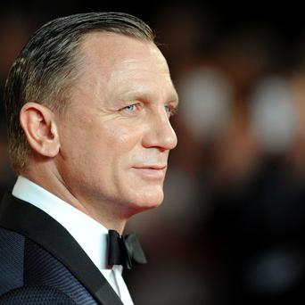 Daniel Craig and his fellow Bond actors won't get together at the Oscars