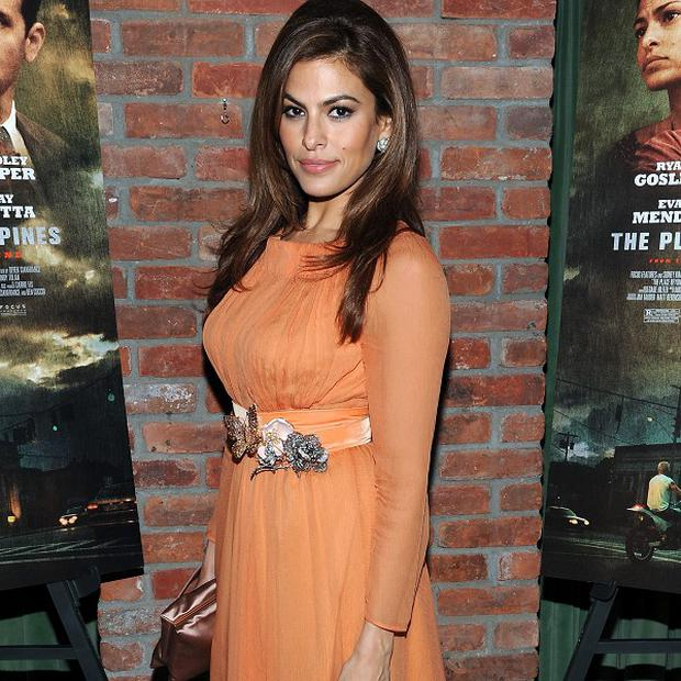 Eva Mendes wants to work with Mike Leigh