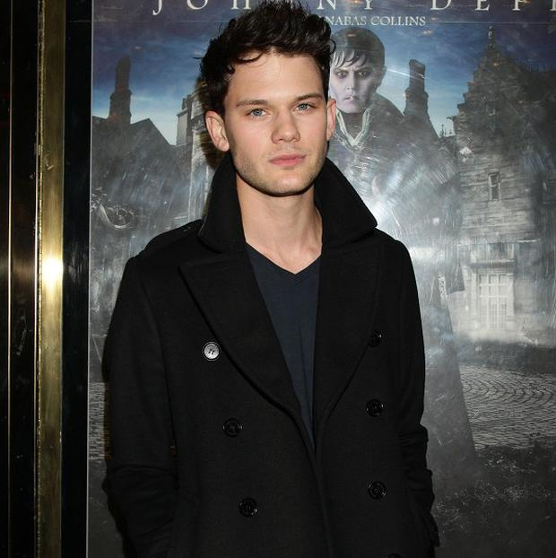 Jeremy Irvine is set to star in the sequel to The Woman In Black