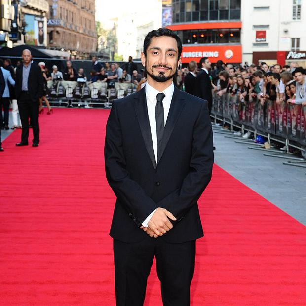 Riz Ahmed was impressed by co-star Kate Hudson's ability to get into character