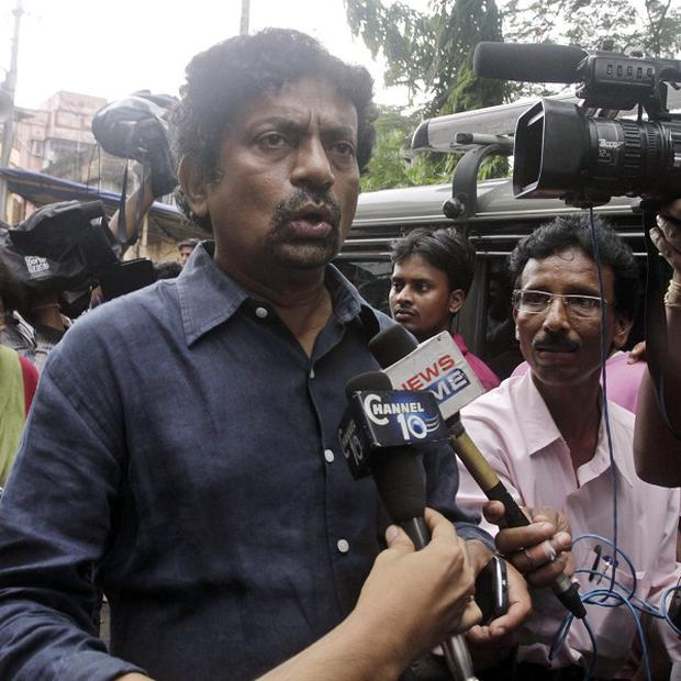 Indian film director Gautam Ghosh has died aged 49, news reports said.
