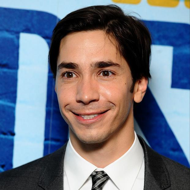 Justin Long is to star opposite Emmy Rossum