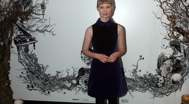 Mia Wasikowska is being lined up to replace Emma Stone in Crimson Peak