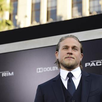 Charlie Hunnam is perfect boyfriend material, according to Guillermo Del Toro
