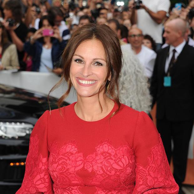 Julia Roberts will pick up an award for her performance in August: Osage County