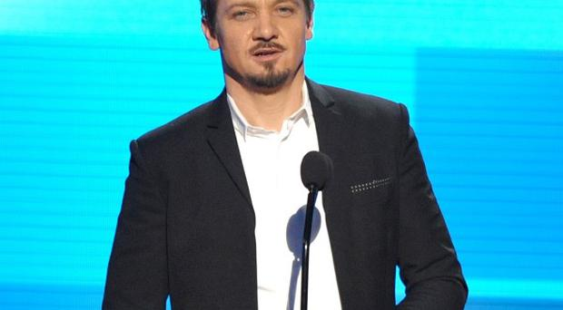 Jeremy Renner will reprise his role as Aaron Cross in the fifth Bourne film