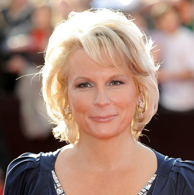 Jennifer Saunders is to write an Ab Fab film