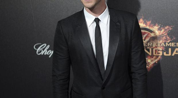 Liam Hemsworth apparently injured himself while filming in Berlin