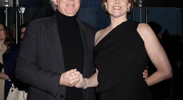 James Cameron says he will bring Sigourney Weaver back for the Avatar sequels