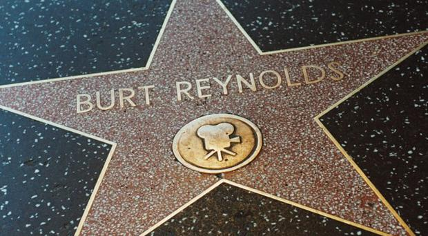 Actor Burt Reynolds will 'set the record straight' in his new book