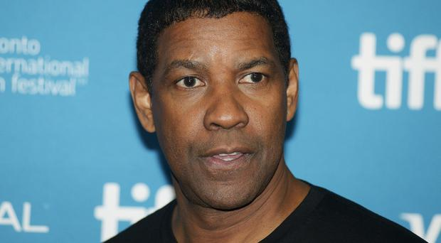 Denzel Washington is to star in a remake of The Magnificent Seven