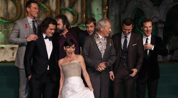 The cast of The Hobbit: The Battle Of The Five Armies received leaving presents at the end of the film's shoot