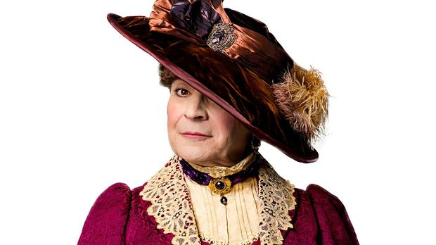 David Suchet is currently playing Lady Bracknell