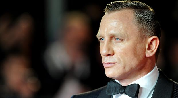Daniel Craig has admitted that he is not a fan of selfie-hunters