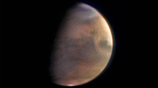 Nasa responded to the release of The Martian by releasing real life pictures of the Red Planet