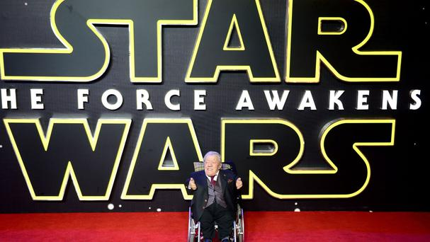 Kenny Baker at the premiere of Star Wars: The Force Awakens