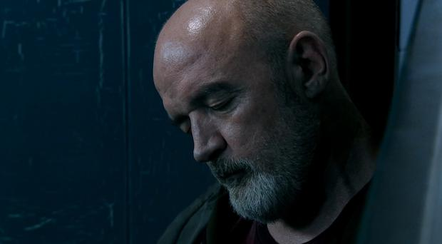 Phelan in his last moments on Corrie. (ITV)
