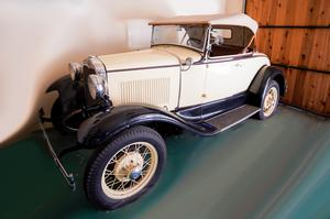 Doris Day's 1930 Ford convertible (Julien's Auctions/PA)