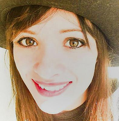 Cathriona White died after taking an overdose of prescription drugs (@littleirishcat/)A)