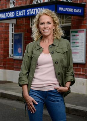 Lisa is back in Albert Square (BBC)