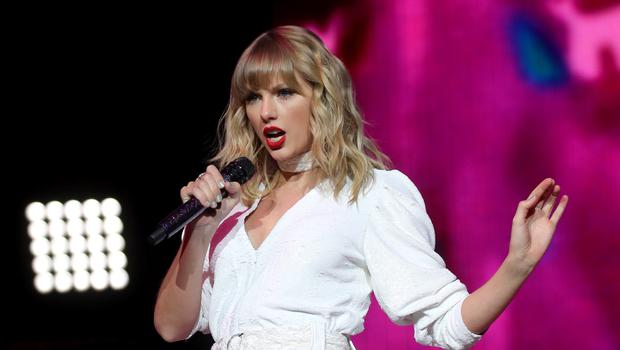 Taylor Swift signs global publishing deal for her songwriting (Isabel Infantes/PA)