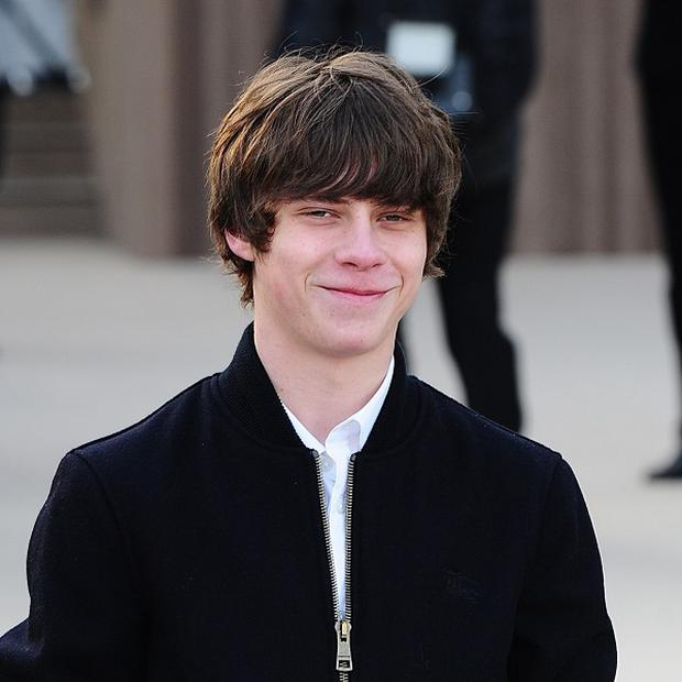 Jake Bugg arriving for the Burberry Prorsum Autumn/Winter 2013 Womenswear show at Kensington Gardens, Kensington Gore, London. PRESS ASSOCIATION Photo. Picture date: Monday February 18, 2013. Photo credit should read: Ian West/PA Wire