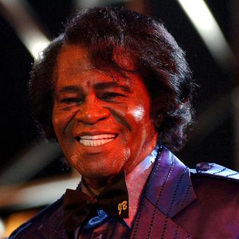 A US court has overturned a settlement involving the estate of James Brown