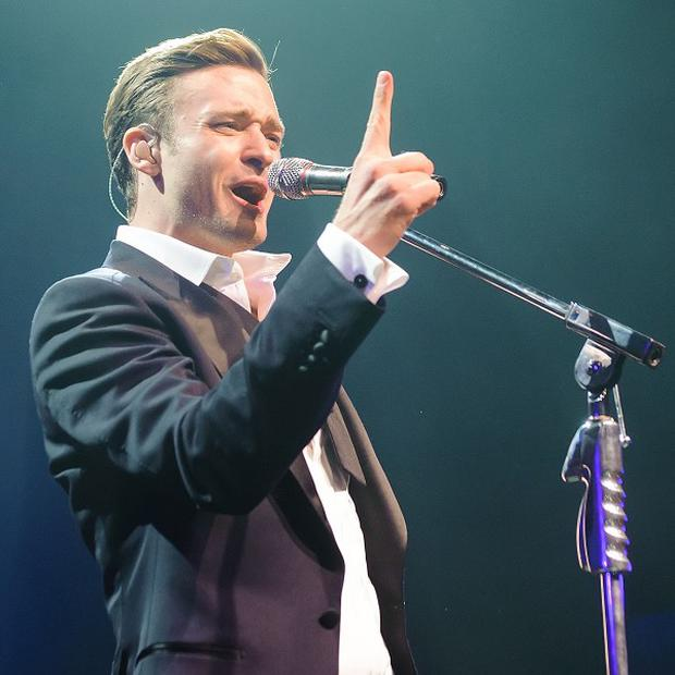 Justin Timberlake has stormed to the top of the singles charts this week with Mirrors