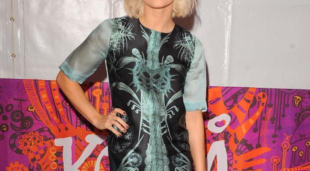 Kimberly Wyatt would like to build bridges with former bandmate Nicole Scherzinger