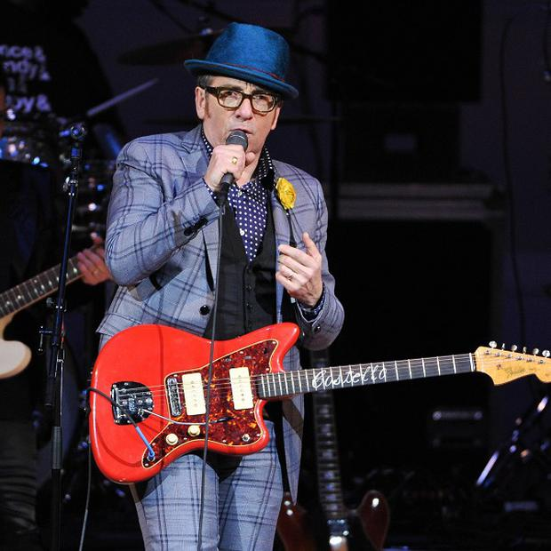 Elvis Costello will tour the UK this summer