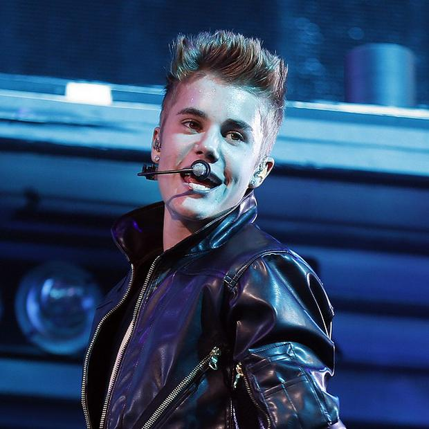 Justin Bieber has injured his neck in a fall