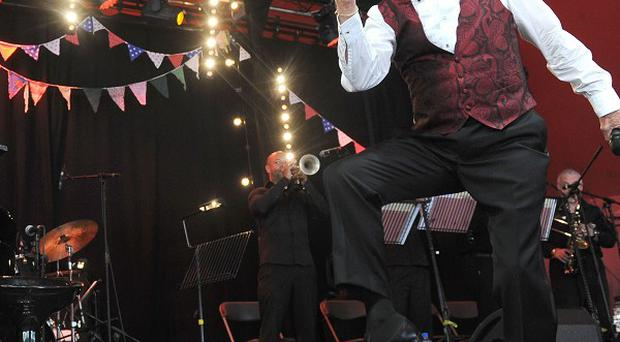 Sir Bruce Forsyth described his Glastonbury audience as 'incredible'