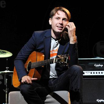 Alex Kapranos of Franz Ferdinand recovered from his nut allergy and still went on with his set as normal