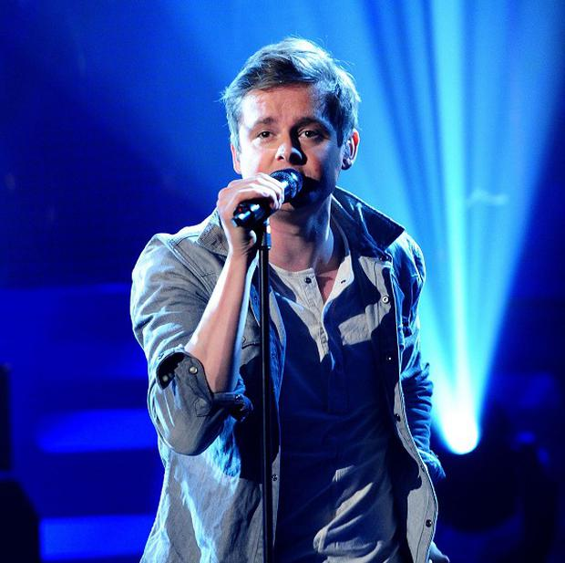 Tom Chaplin is to be a dad