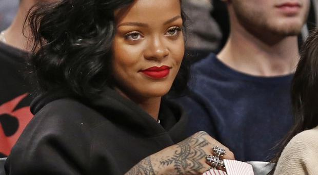 Rihanna has announced the release of her duet with Shakira