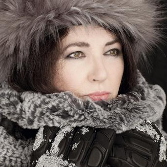 Kate Bush is to return to the stage