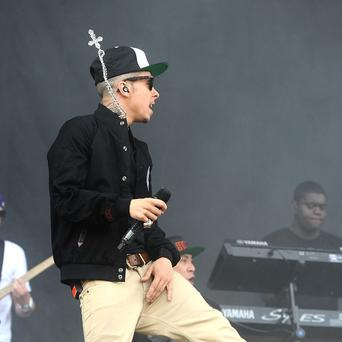 Dappy has denied he was booed off stage at the Isle of Wight festival