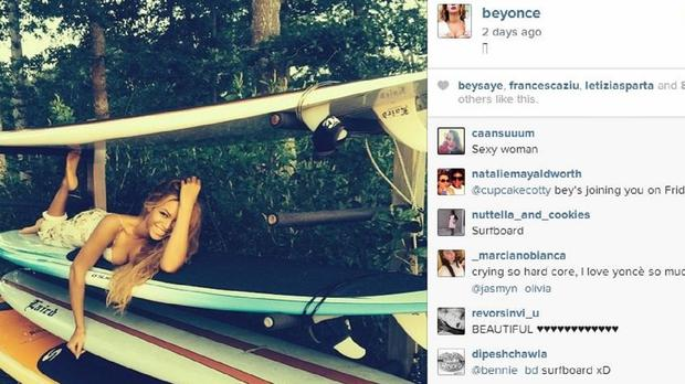 Beyonce has shared her holiday snaps on Instagram