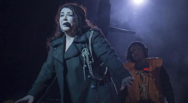 Kate Bush asked fans not to film her Before The Dawn concert at the Hammersmith Apollo